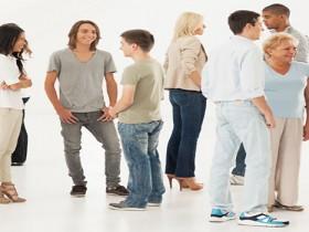 换个姿势说话—3分钟学会10个让人很舒服的沟通技巧